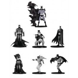 66869 - DC COLLECTIBLES - BATMAN BLACK&WHITE MINI FIG 7 PK SET (4)