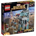 76038 - AVENGERS AGE OF ULTRON - ATTACK ON AVENGERS TOWER