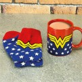 PP4065DC - DC COMICS - WONDER WOMAN MUG AND SOCKS SET